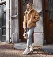 jacket,aviator jacket,shearling jacket,sneakers,cropped jeans,bag