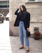 jacket,black blazer,flat sandals,straight jeans,black t-shirt,black bag