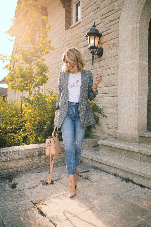 stephanie sterjovski - life + style blogger jacket skirt pants shoes coat sweater cardigan jeans