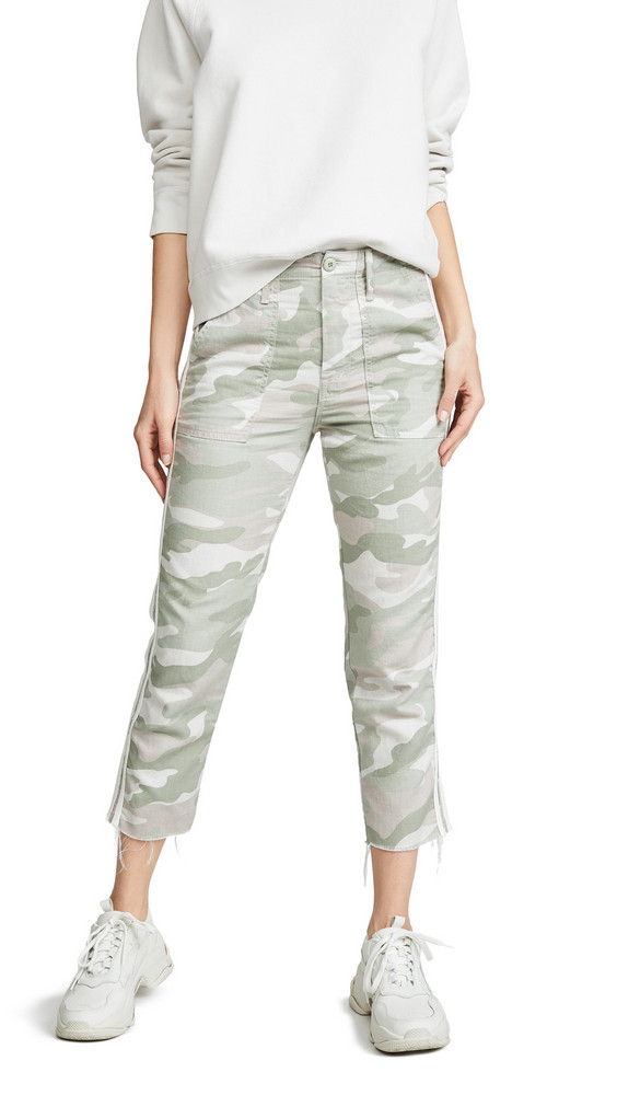 MOTHER The Shaker Chop Crop Fray Pants in print