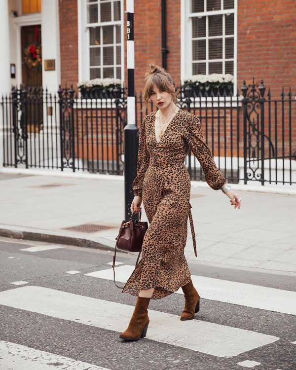 dress midi dress leopard print wrap dress brown boots heel boots brown bag crossbody bag