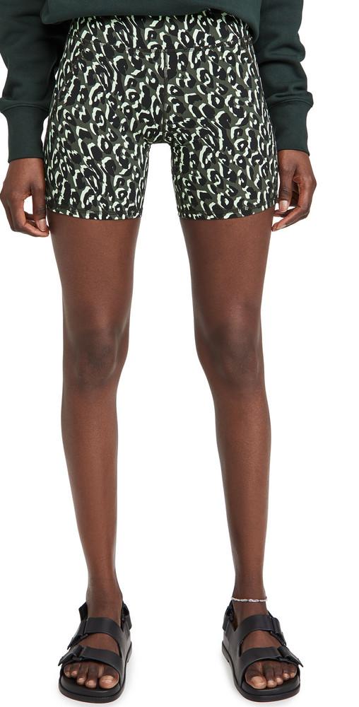 Sweaty Betty Power 6 Biker Shorts in green / print / leopard
