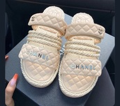 shoes,chanel,pink,gold