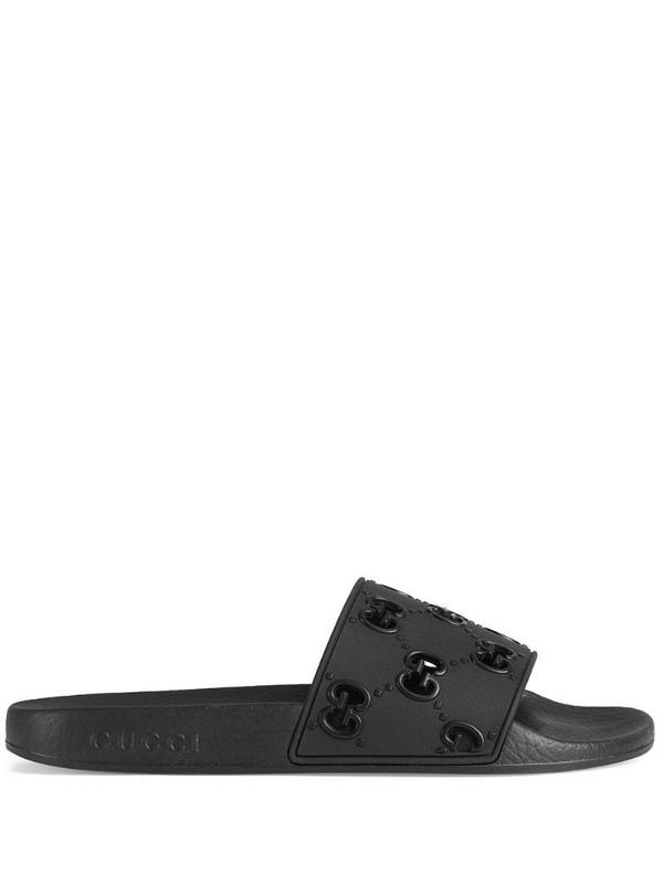 Gucci GG slides in black