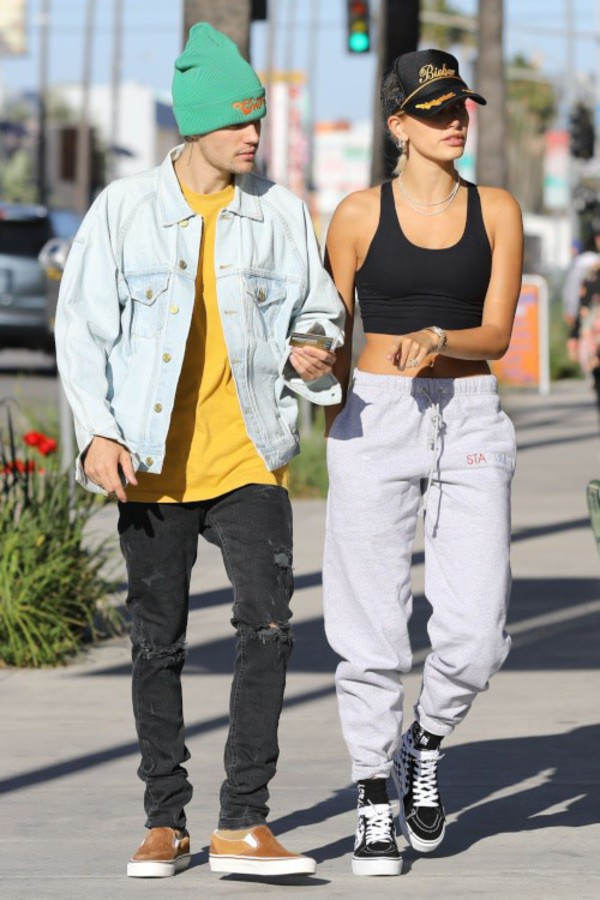 pants sweatpants top crop tops justin bieber hailey baldwin celebrity casual