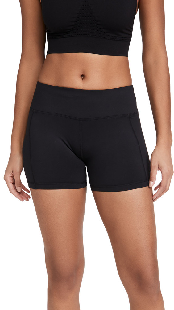 Sweaty Betty All Day Contour 4 Biker Shorts in black