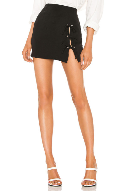 superdown Deidra Mini Skirt in black