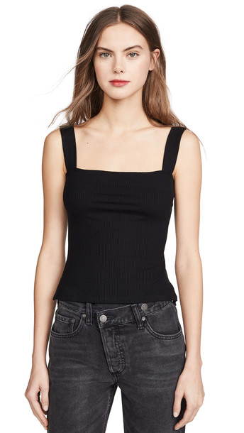 Reformation Canyon Top in black