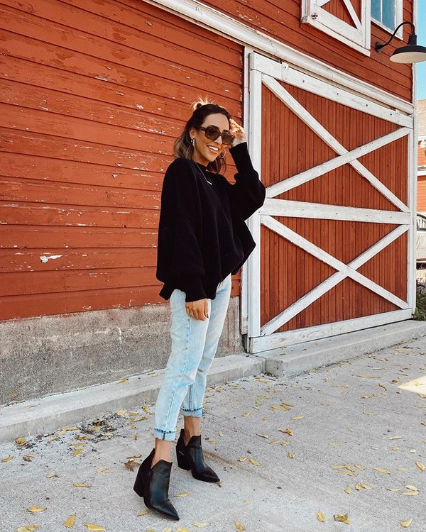 sweater black sweater mom jeans ankle boots black boots