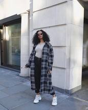 coat,long coat,black and white,plaid,white sneakers,black pants,high waisted pants,top