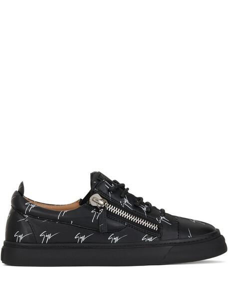 Giuseppe Zanotti Kriss logo low-top sneakers in black