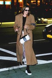 shoes,gigi hadid,model off-duty,coat