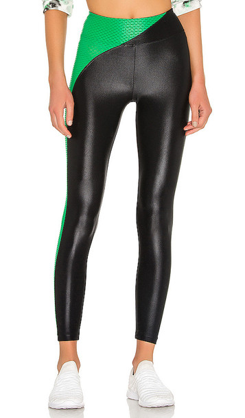 KORAL Chase High Rise Infinity Legging in black / emerald