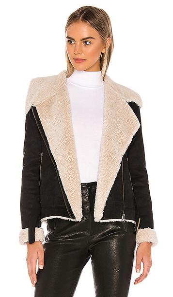 Tularosa Griffin Coat in Black