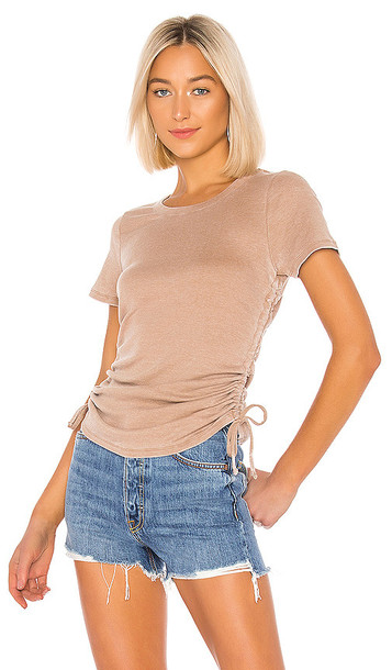 Chaser Ruched Drawstring Side Tee in Brown