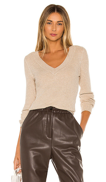 525 america Wide V Neck Pullover Sweater in Taupe