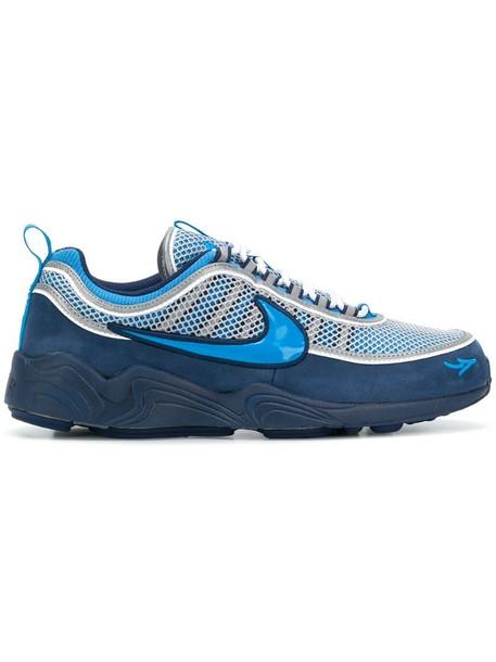 Nike Spiridon sneakers in blue
