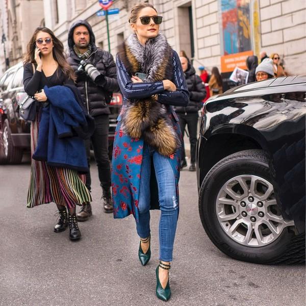 shoes pumps skinny jeans floral long coat fur scarf sunglasses