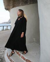 shoes,black sandals,flat sandals,black dress,maxi dress,long sleeves,sun hat