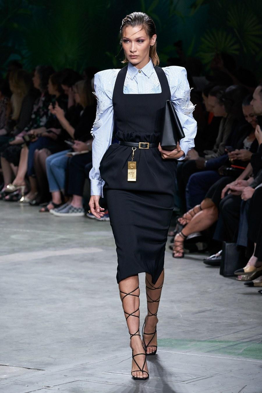 top shirt skirt midi skirt bella hadid runway fashion week