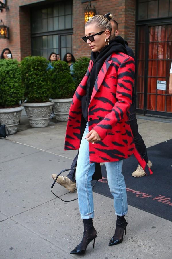 jacket hailey baldwin celebrity model off-duty streetstyle animal print zebra print red blazer