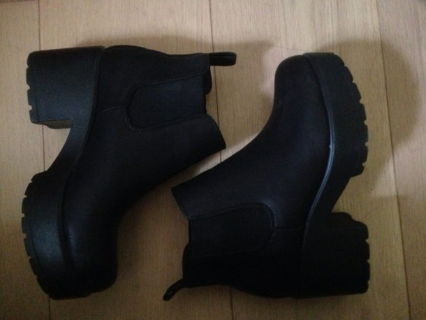 shoes black leither high heels