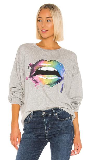 Lauren Moshi Babbs Smudge Lip Sweatshirt in Gray