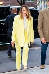 jacket,blazer,pants,top,margot robbie,fashion week,suit