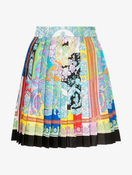 Versace printed pleated silk mini skirt in blue