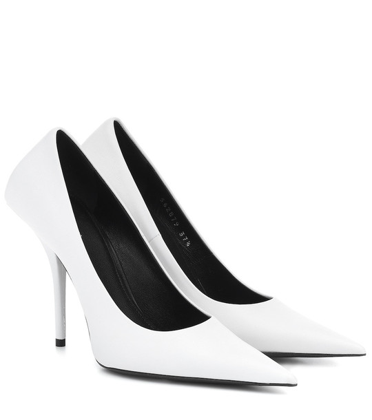 Balenciaga Square Knife leather pumps in white