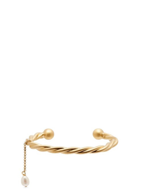 Jw Anderson - Twisted Pearl Charm Bracelet - Womens - Gold