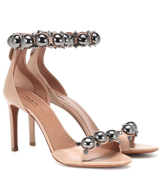 Alaïa Bombe leather sandals in grey