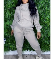jumpsuit,joggers,hoodie,fall outfits,winter outfits,sweatpants,outfit,sweater,streetwear,grey,jacket