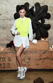 shoes,shirt,vest,sneakers,shirt dress,bella hadid,model