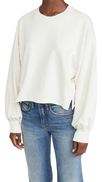 FRAME Easy Shirtail Sweatshirt in white