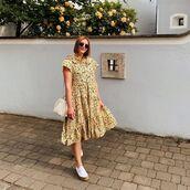 dress,midi dress,floral dress,sneakers,bag