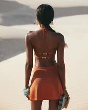 dress,jewels