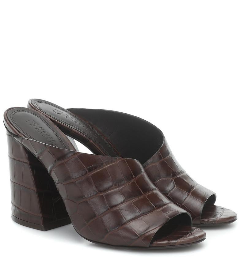 Mercedes Castillo Izar croc-effect leather sandals in brown
