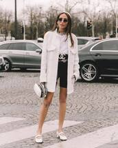 shorts,black shorts,High waisted shorts,white bag,white t-shirt,white shoes,ballet flats,chanel,belt