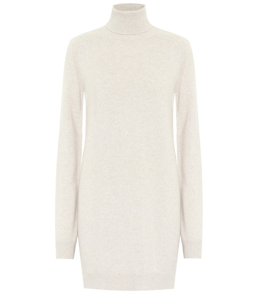 Loro Piana Dunster turtleneck cashmere dress in beige