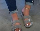 shoes,grey,faux fur,sandals,birkenstocks,suede