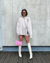 bag,pink bag,knee high boots,white boots,sweatshirt,oversized
