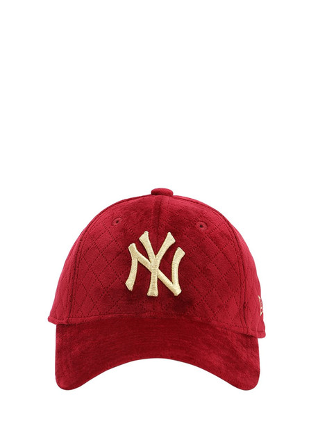 NEW ERA Mlb Quilted 9forty Techno Baseball Hat in red