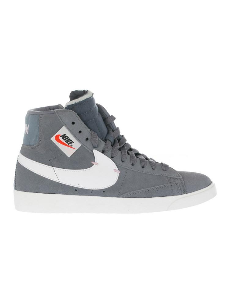 Nike Blazer Mid Rebel Sneakers in grey
