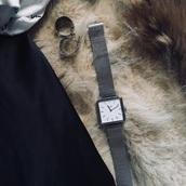 jewels,watch,cluse watch,silver,pretty woman,classy,minimalist,minimalist jewelry