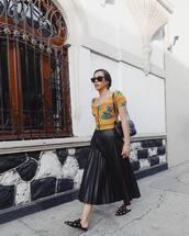 skirt,black skirt,pleated skirt,high waisted skirt,bcbg,mules,black bag,gucci bag,shoulder bag,top,puffed sleeves,sunglasses