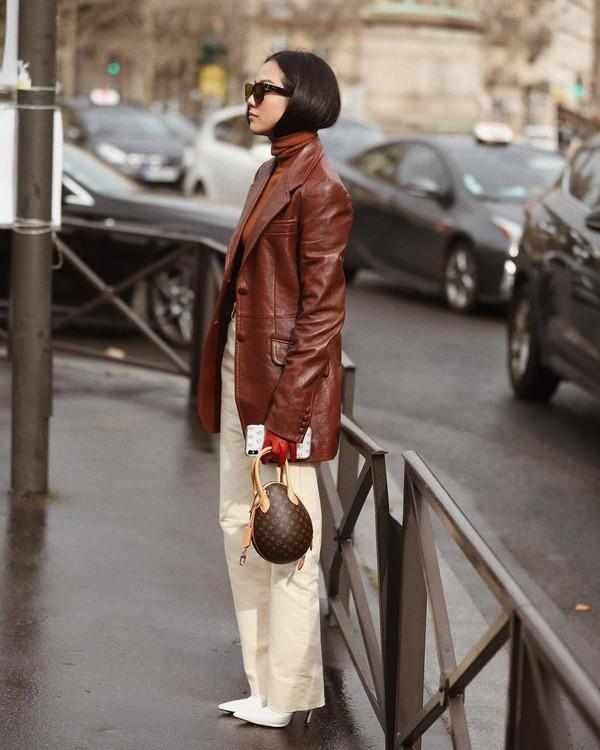 bag louis vuitton bag brown bag white pants white boots high waisted pants leather jacket brown jacket miu miu turtleneck