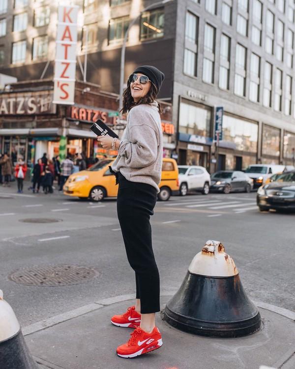 sweater turtleneck sweater sneakers air max black pants joggers black beanie
