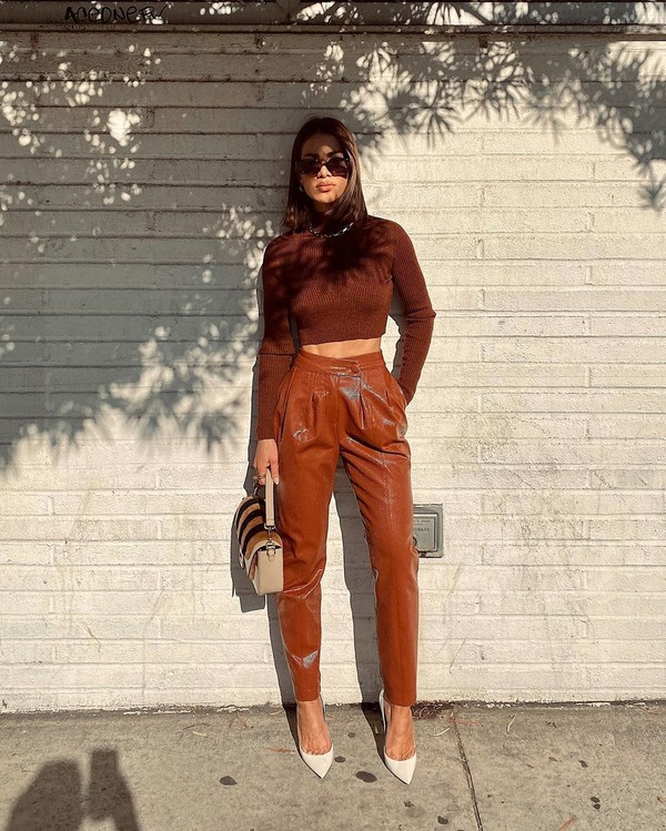 pants high waisted pants cropped sweater turtleneck sweater pumps bag