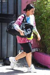 shorts,demi lovato,celebrity,workout pants,sporty,sneakers